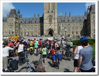 Cyclistes_Ottawaweb